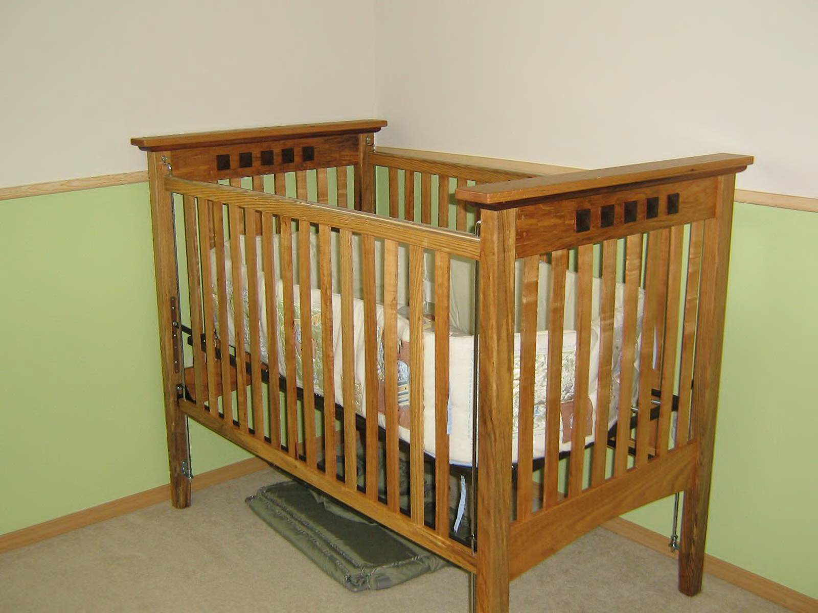 Premium maple forms the basis for this cute baby crib