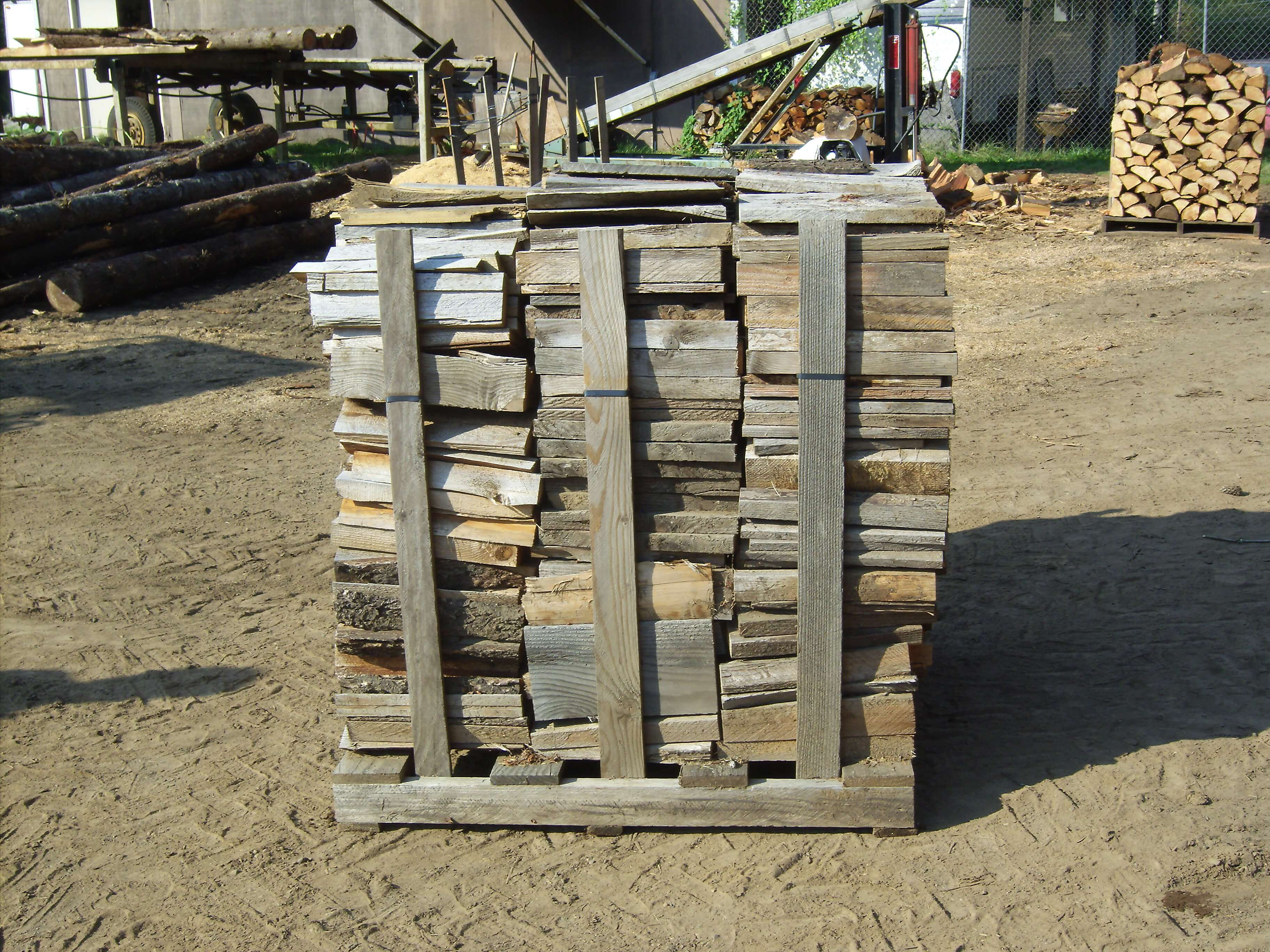 Millends make excellend seasoned firewood for wood stoves in Camas, Washington.